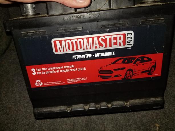Car battery Motormaster 740 CCA