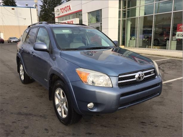 2007 Toyota Rav4 Limited V6 w/ Bluetooth, power sunroof, windows an