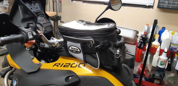  Log In needed $100 · Famsa Tank Bag for BMW R1200GS