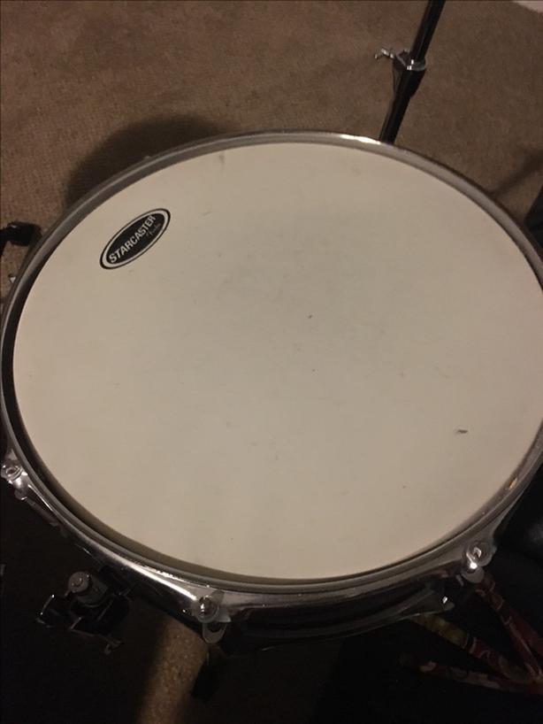 Fender Starcaster Complete Drum Kit Saanich Victoria