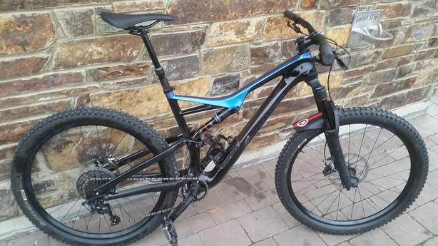  Log In needed $3,399 · 2018 Specialized Stumpjumper Carbon Comp - Large
