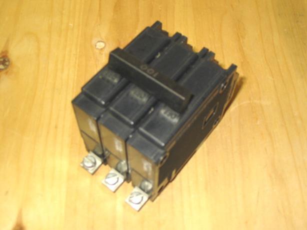 COMMANDER QBH 100 Amp, 3 Pole, 240 Volt Circuit Breaker (CEB QBH3100) ~ Rare!