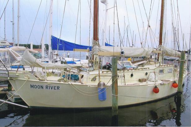 Snowbird sailer alert: 1970 40ft Tahiti steel ketch