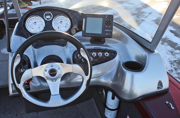 2011 Tracker Targa V18 CB w/Mercury 150Hp Optimax Prince