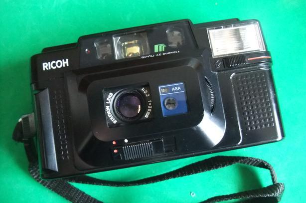 Ricoh FF-3 AF Super 35mm film piont and shoot camera