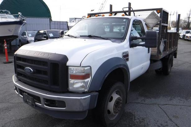 2009 Ford F-550 2WD Dually Diesel 11 Foot Flatdeck with Power Tailgate