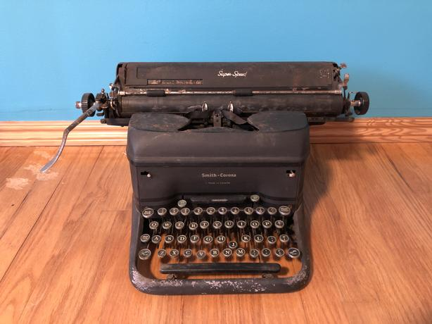 Vintage typewriter for that chill old timey vibe.