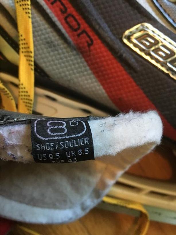 226b724d14e  REDUCED  Bauer Vapor X Rival Senior Hockey Skates - 8D   9.5 Shoe Size  Saanich