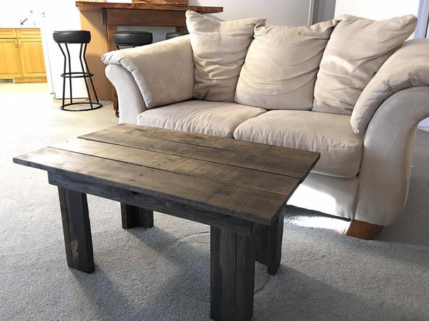 Pallet coffee table - DRYDEN
