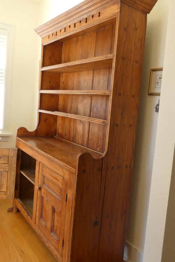REDUCED PRICE!  Early 1800s PINE CUPBOARD from QUEBEC