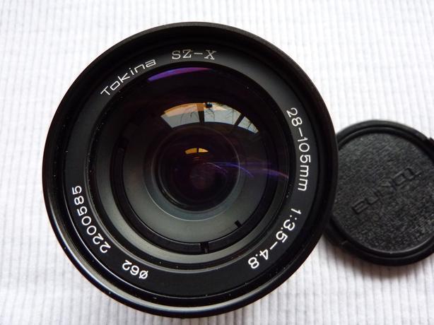 Tokina 28-105 mm auto focus camera lens for Pentax