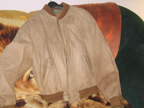 mens suide jacket (small)