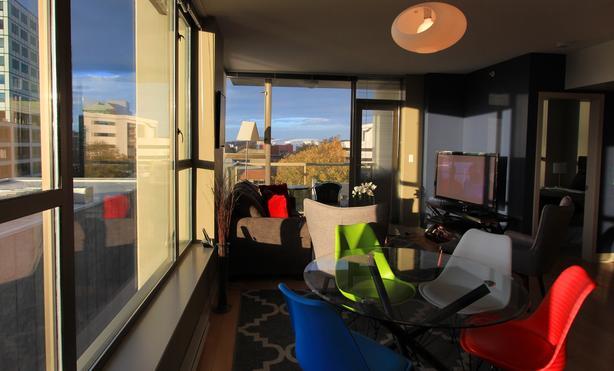 The Napoleon Suite 2BD/1BA  Downtown Victoria