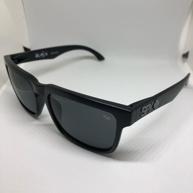 Brand new Designer Unisex Sunglasses with Dust Bag