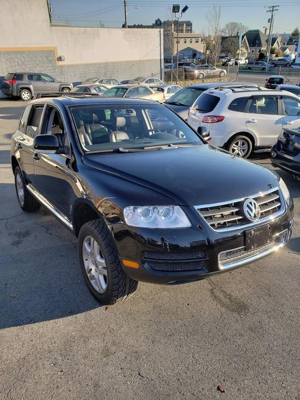 2005 VW TOUAREG-97000 KM-LOCAL NO ACCIDENTS- WITH WARRANTY