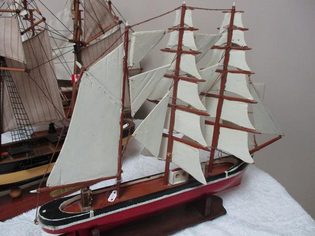 GRAMPAS ESTATE SHIPS