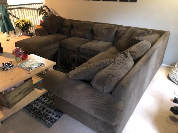 Nice Sectional Couch Saanich Victoria