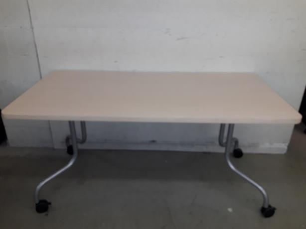 "Mobile table 30"" x 60"""