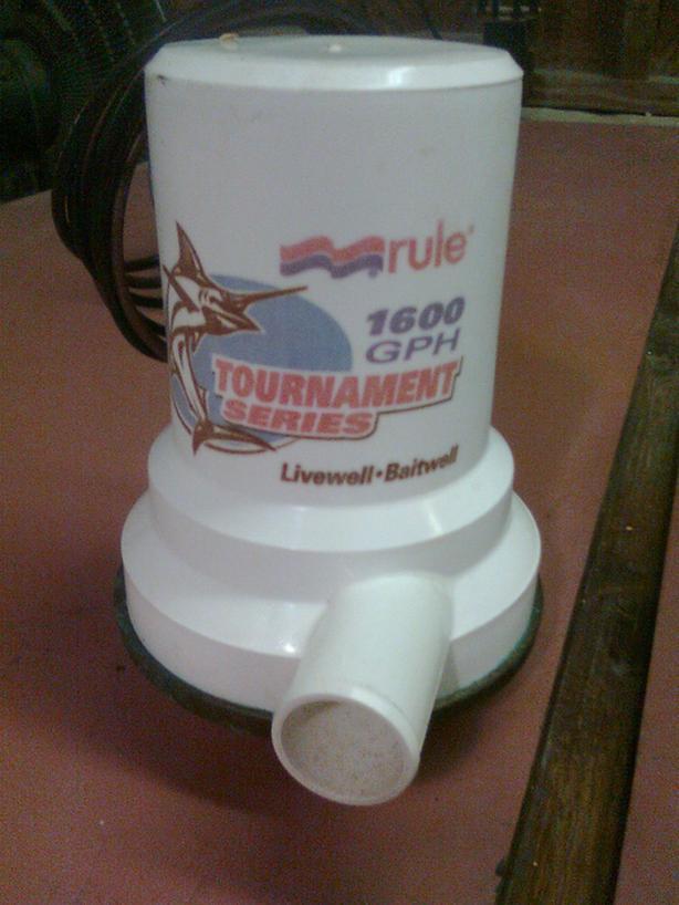 Rule Baitwell Pump