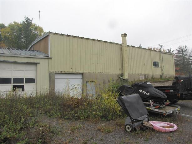 4659 Albion Rd - Industrial property