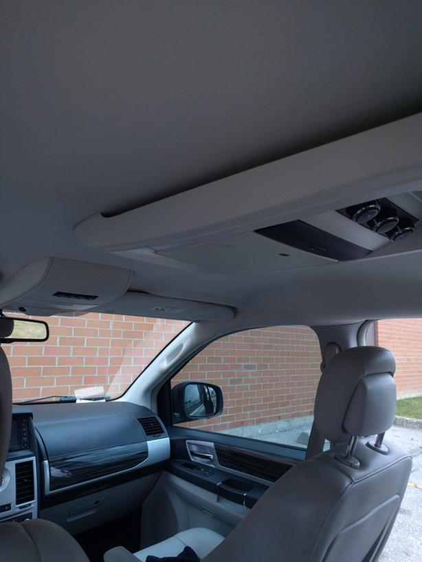 2010 Touring Minivan
