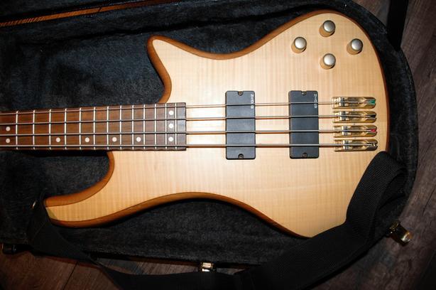 3c906f1c77 Schecter Diamond Series Custom 4 Bass Guitar + Hardshell Case* North ...
