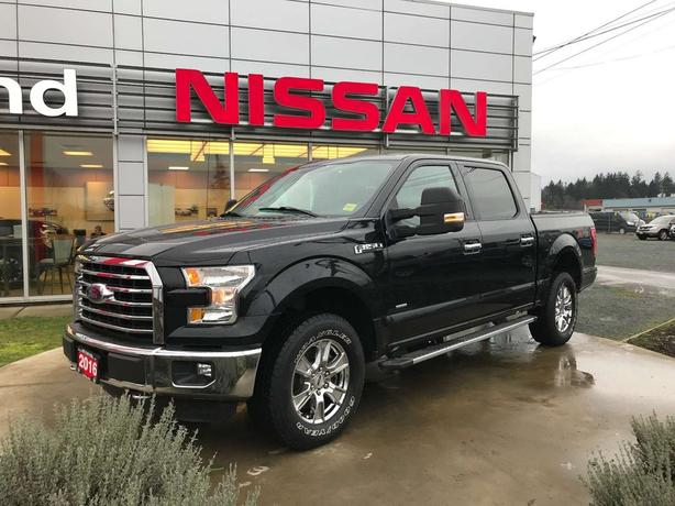 2016 Ford F-150 XLT *trailer tow mirrors, back up camera, spray in liner