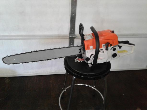 NEW Chainsaw $280 OBO