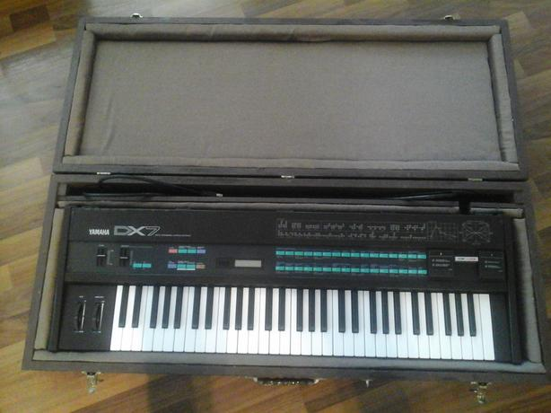 Vintage YAMAHA DX7 ORIGINAL from 1983