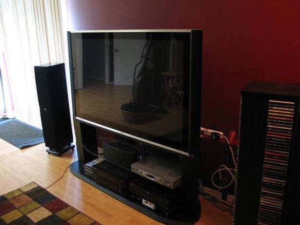 55 Inch Hitachi flatscreen TV with Stand