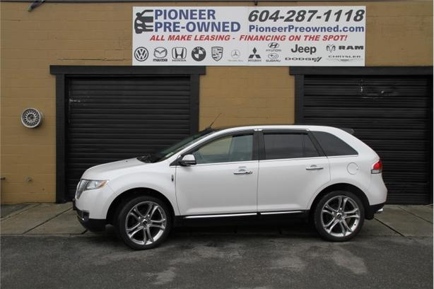 2015 Lincoln MKX BASE  BACK UP CAM, PANORAMA ROOF, LOW KMS