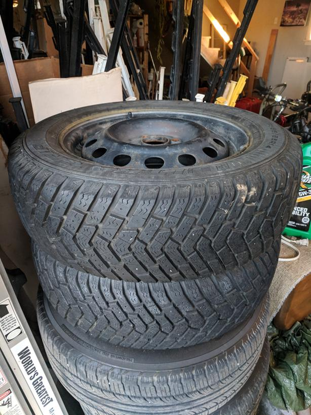 "14"" 4x100 Snow Tires and Steel Wheels (Honda)"