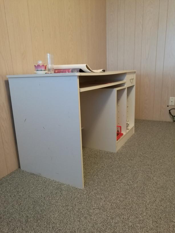 desk sofa  for free