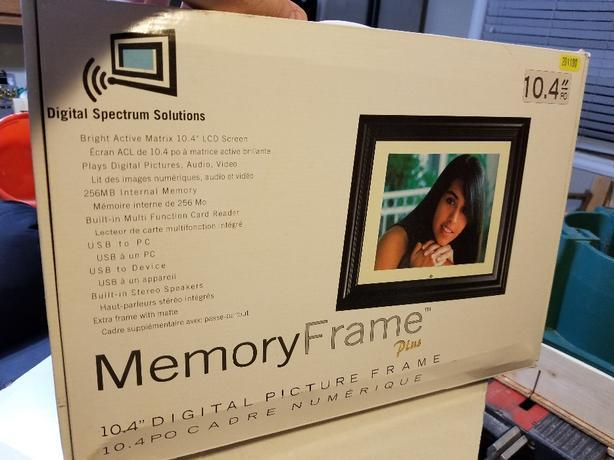 Memory Frame Plus 10.4