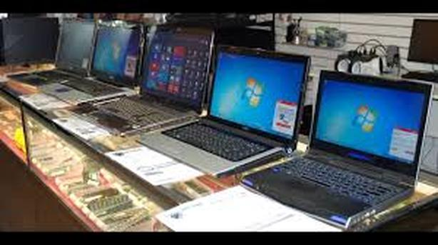 *lots of used laptops