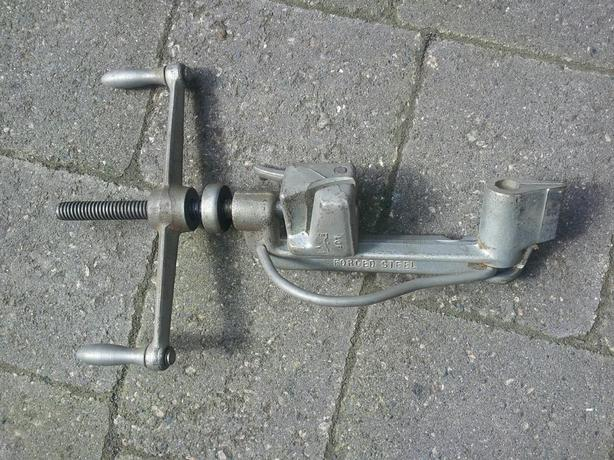 Circular Banding Tool