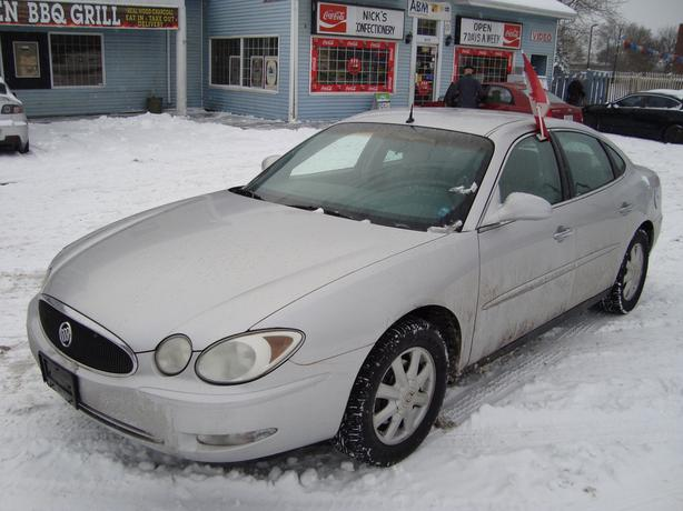 2005 Buick Allure Clean Car !