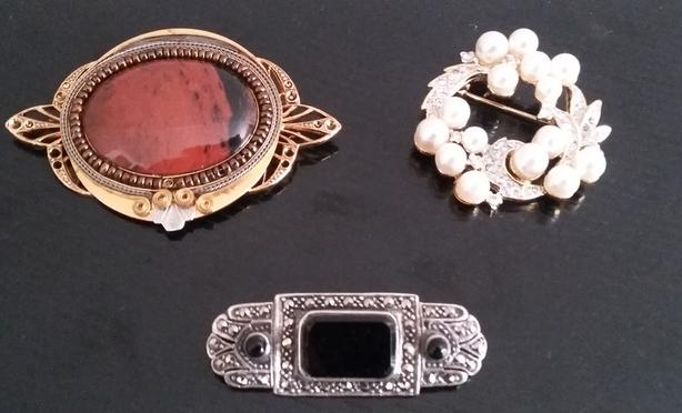 YOUR CHOICE OF ART DECO BROOCHES