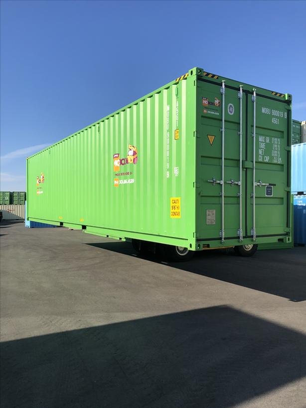 8x40x8 - Secure Seacans for sale or rent