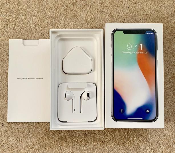 Unlocked Apple Iphone X 256GB Brand new