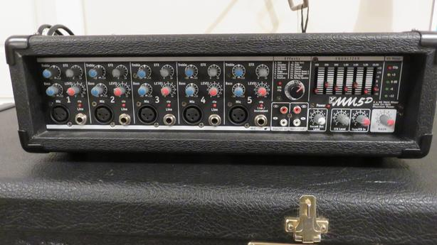 Yorkville  MM5d Powered pa mixer