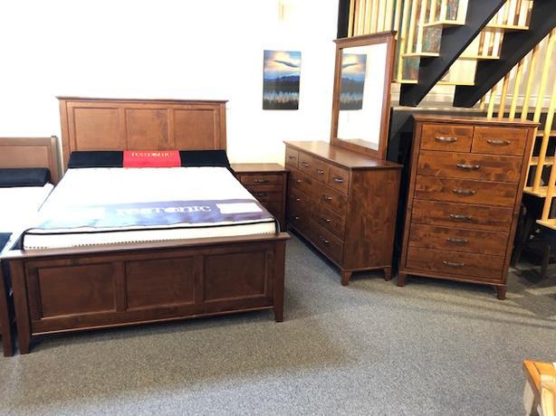 Queen Solid Wood Bedroom Suite $2330 OFF