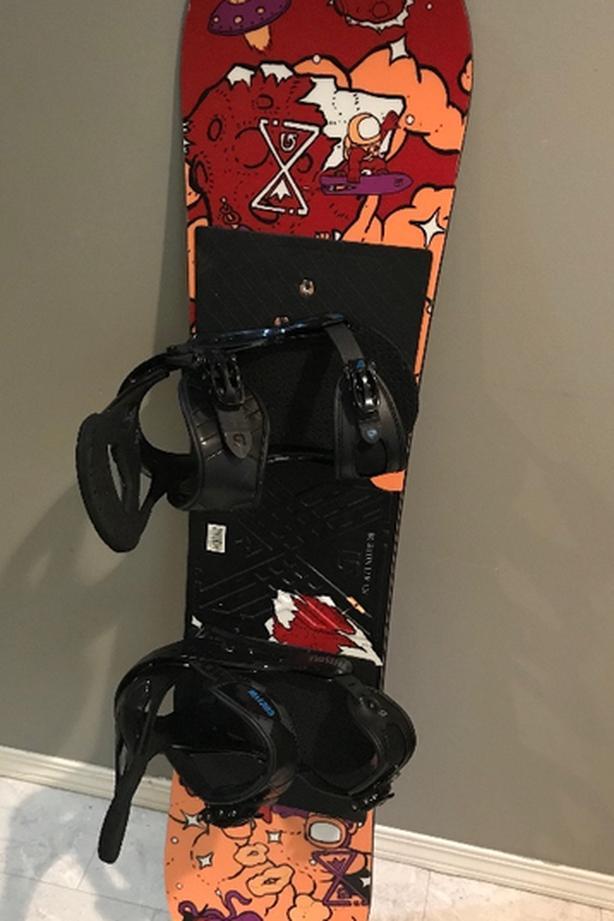 Burton 120LTR kids snowboard and bindings