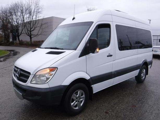 2007 Dodge Sprinter High Roof 2500 144-in. WB Wheelchair Passenger Van Diesel