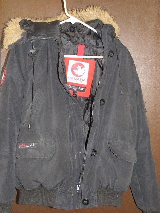 Super Triple Goose Canada Weathergear NOW $20!! or b.o