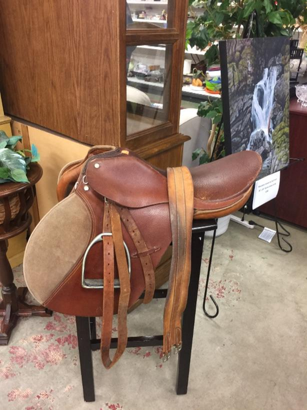 Holberg english saddle