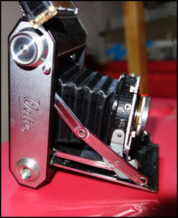 Welta: Weltax Film Camera