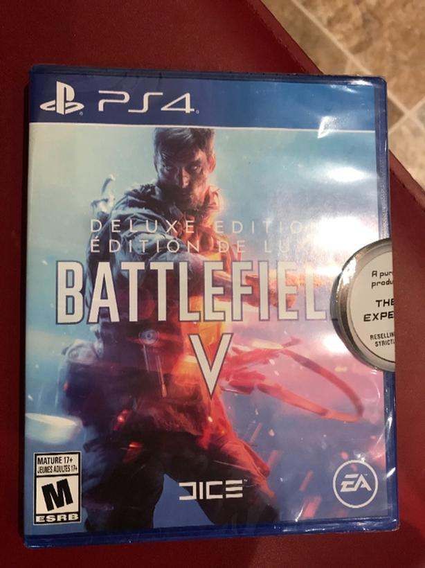 New - Deluxe edition Battlefield V PS4