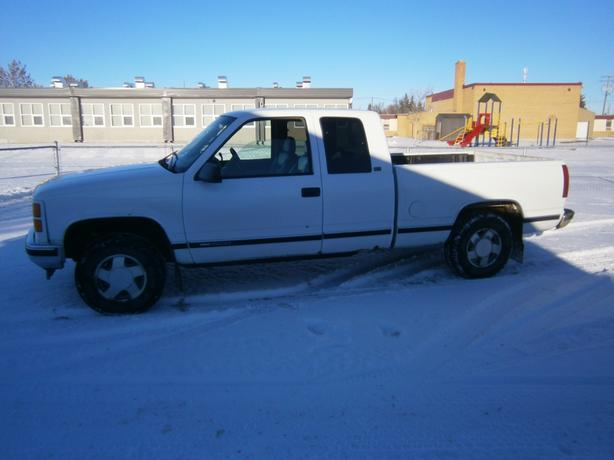 1996 GMC SIERRA SLT 4X4 EXTENDED CAB SOLID TRUCK