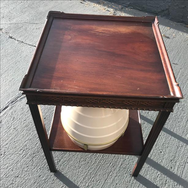 c. 1920 Mahogany Lamp Table with undershelf